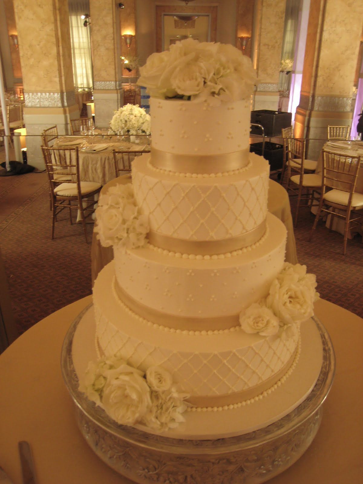 Wedding Cakes San Francisco  white champagne wedding cake