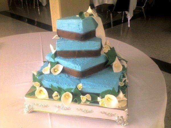 Wedding Cakes San Jose  Queen s Cakes Wedding Cake San Jose CA WeddingWire