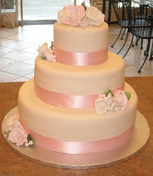 Wedding Cakes San Jose  C est Si Bon Bakery San Jose CA Wedding Cake
