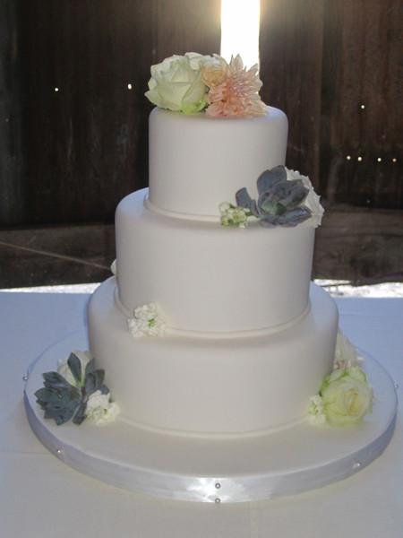 Wedding Cakes San Luis Obispo  The Cakery Atascadero CA Wedding Cake