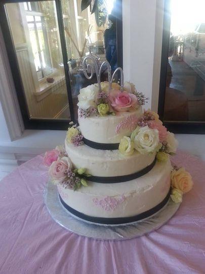 Wedding Cakes Santa Rosa  Willow Tree Bakery Wedding Cake Santa Rosa CA