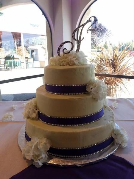 Wedding Cakes Santa Rosa  Willow Tree Bakery Santa Rosa CA Wedding Cake