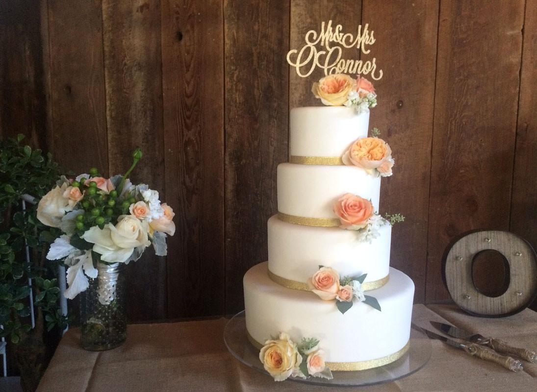 Wedding Cakes Santa Rosa  master piece cakes sonoma county blush rose wedding