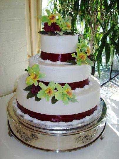 Wedding Cakes Sarasota  Thompson s Cakes Wedding Cake Sarasota FL WeddingWire