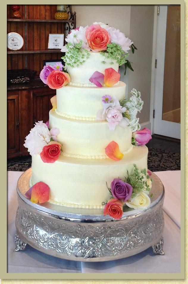 Wedding Cakes Savannah Ga  Savannah Wedding Cakes