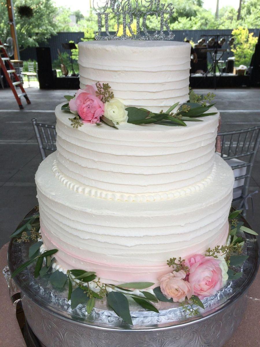 Wedding Cakes Savannah Ga  Bakers Pride Bakery Wedding Cake Savannah GA