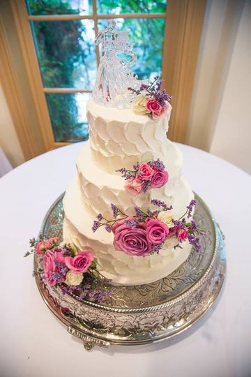 Wedding Cakes Savannah Ga  LuluCakes Wedding Cake Savannah GA WeddingWire