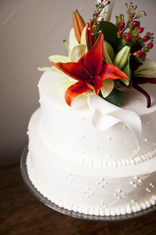 Wedding Cakes Seattle  Seattle wedding cake idea in 2017