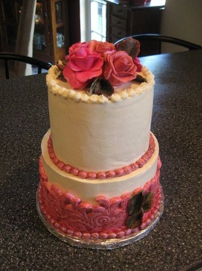 Wedding Cakes Seattle  Seattle Cakery Wedding Cake Everett WA WeddingWire