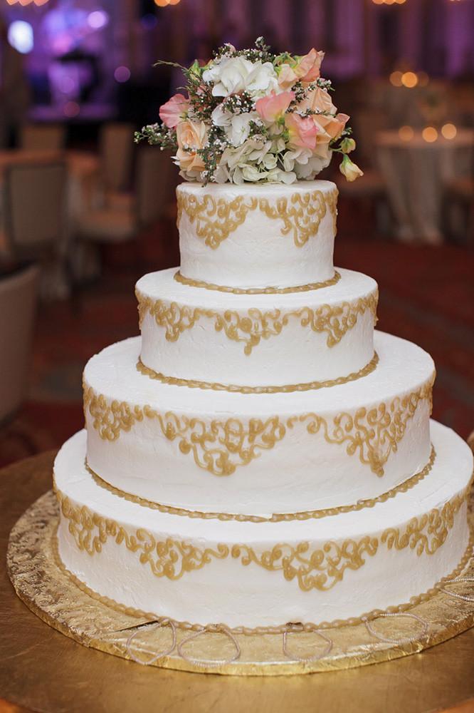Wedding Cakes Show  Weddings Gambino s Bakery & King Cakes