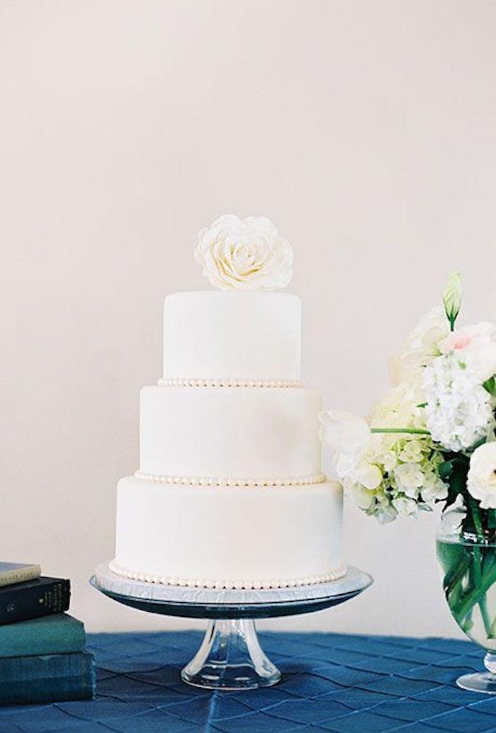 Wedding Cakes Simple  Simple Wedding Cakes Made to Inspire MODwedding
