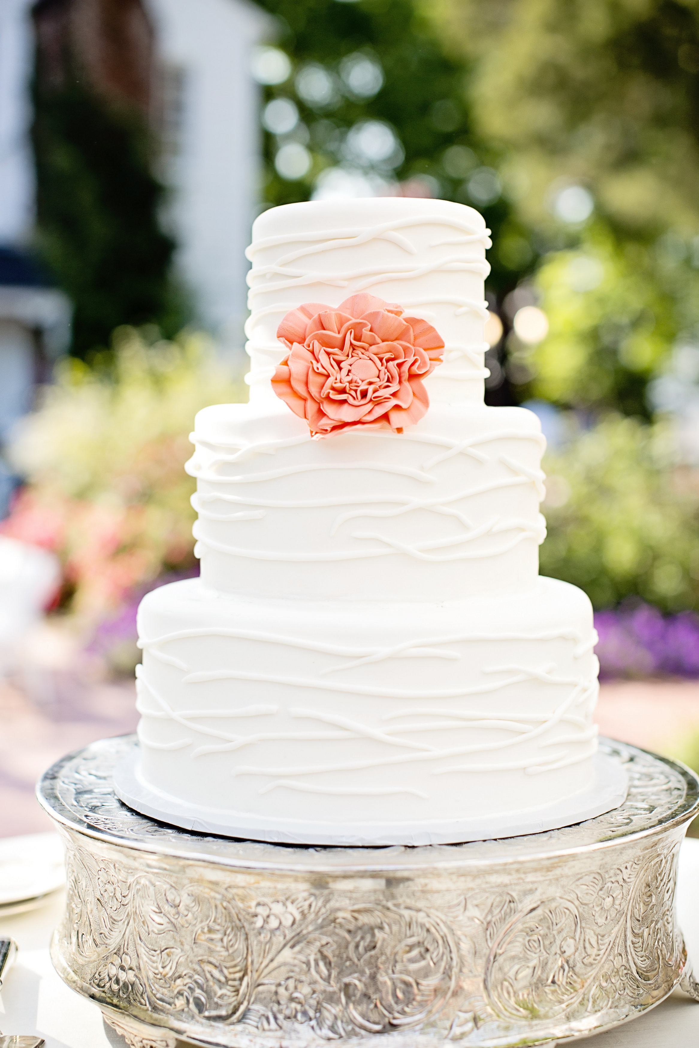 Wedding Cakes Simple  Plant a flower on the wedding cake