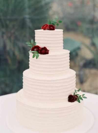 Wedding Cakes Simple  15 Beautifully Simple Wedding Cakes