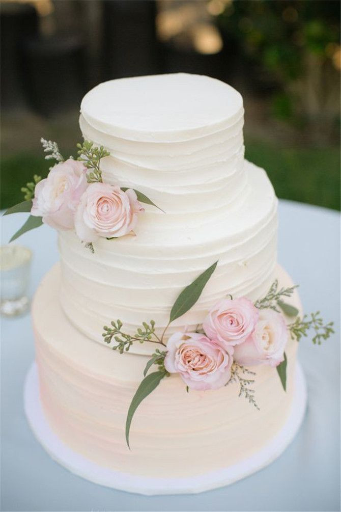 Wedding Cakes Simple  20 Simple Wedding Idea Inspirations