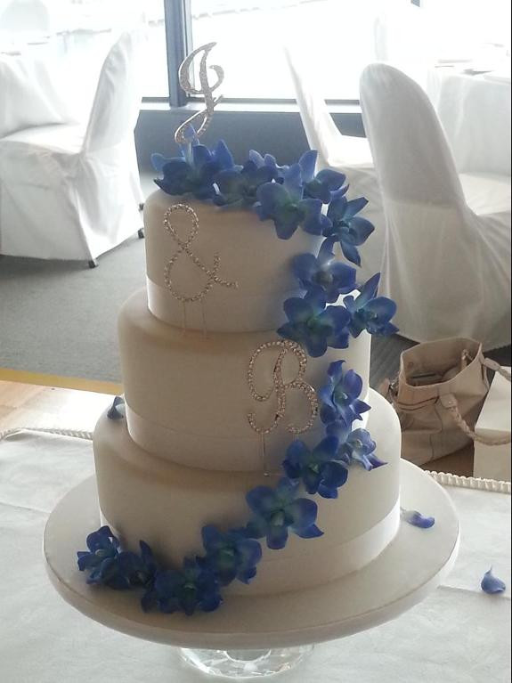 Wedding Cakes Singapore  Cheap wedding cakes for the holiday Cakes for wedding