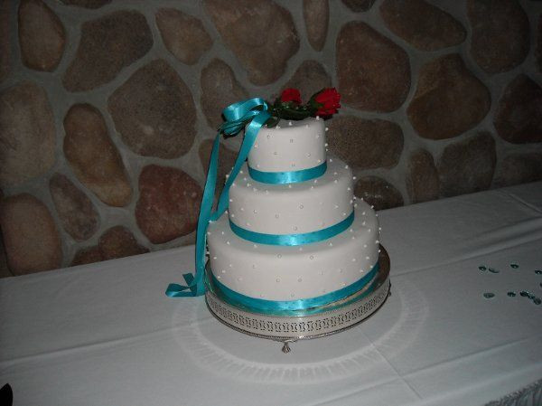 Wedding Cakes Sioux Falls  Cake Creations Wedding Cake Sioux Falls SD WeddingWire