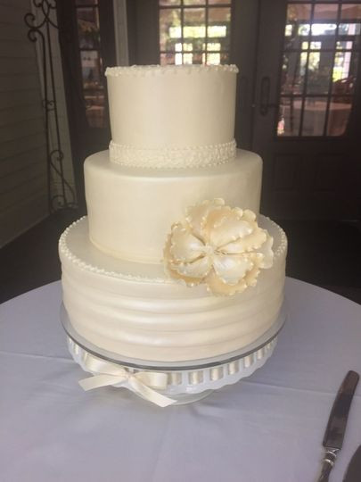 Wedding Cakes Slc  Granite Bakery Wedding Cake Salt Lake City UT