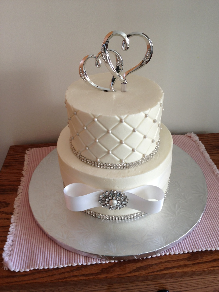 Wedding Cakes Small  Small Wedding Cake Cake Decorating munity Cakes We Bake