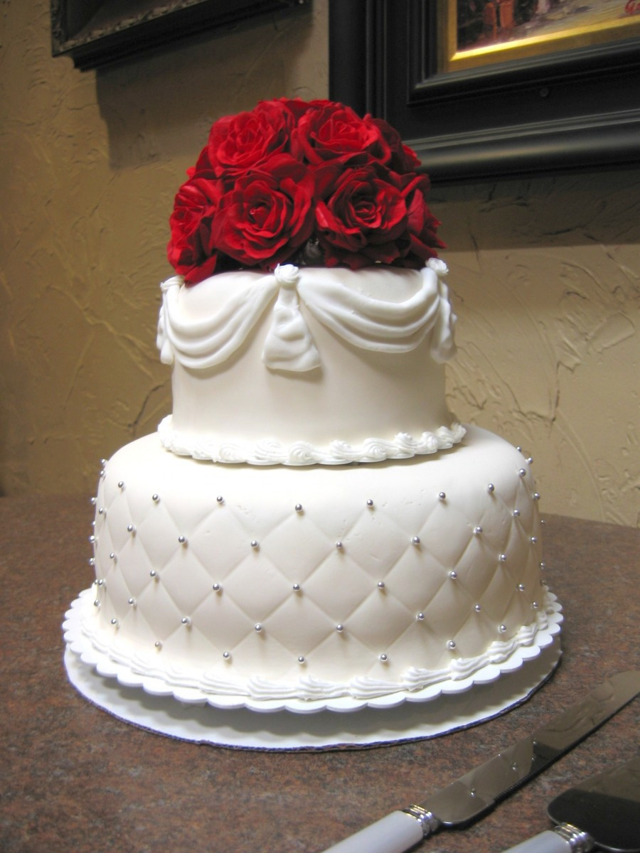 Wedding Cakes Small  Small Wedding Cake Designs Wedding and Bridal Inspiration