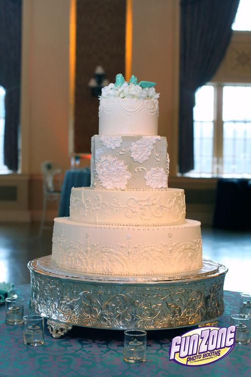 Wedding Cakes South Bend  Palais Royale Wedding Inspiration