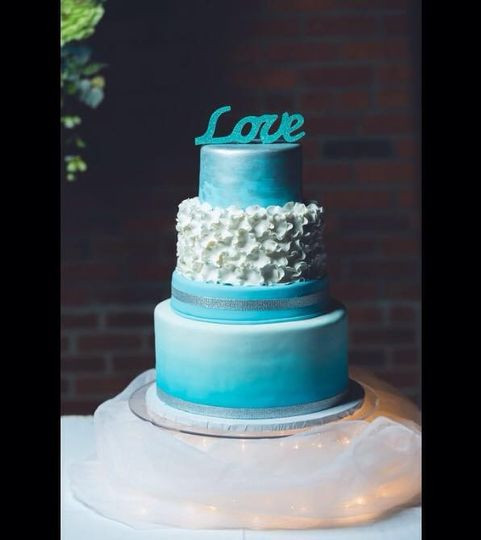 Wedding Cakes Springfield Il  Specialty Cakes Wedding Cake Springfield IL WeddingWire
