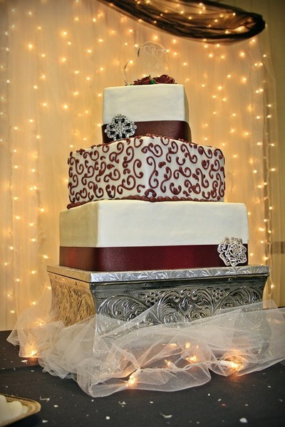 Wedding Cakes Springfield Il  Specialty Cakes Reviews Springfield IL Cake & Bakery