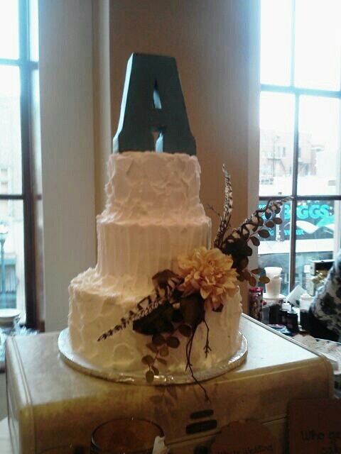 Wedding Cakes Springfield Mo  68 best Rustic Themed Wedding Cakes and Desserts images on