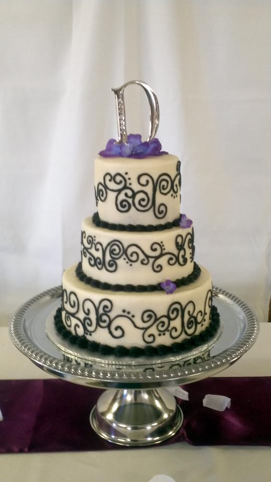 Wedding Cakes Springfield Mo  CupCake Shop Springfield MO