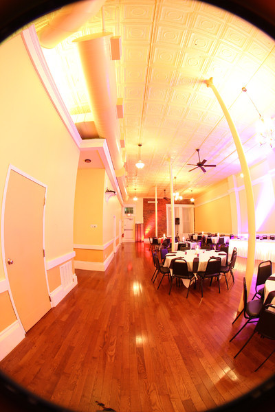 Wedding Cakes St Charles Mo  Grand Opera House Banquet Center Saint Charles MO