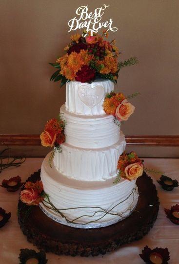Wedding Cakes St Charles Mo  Susie G s Specialty Cakes Wedding Cake O Fallon MO