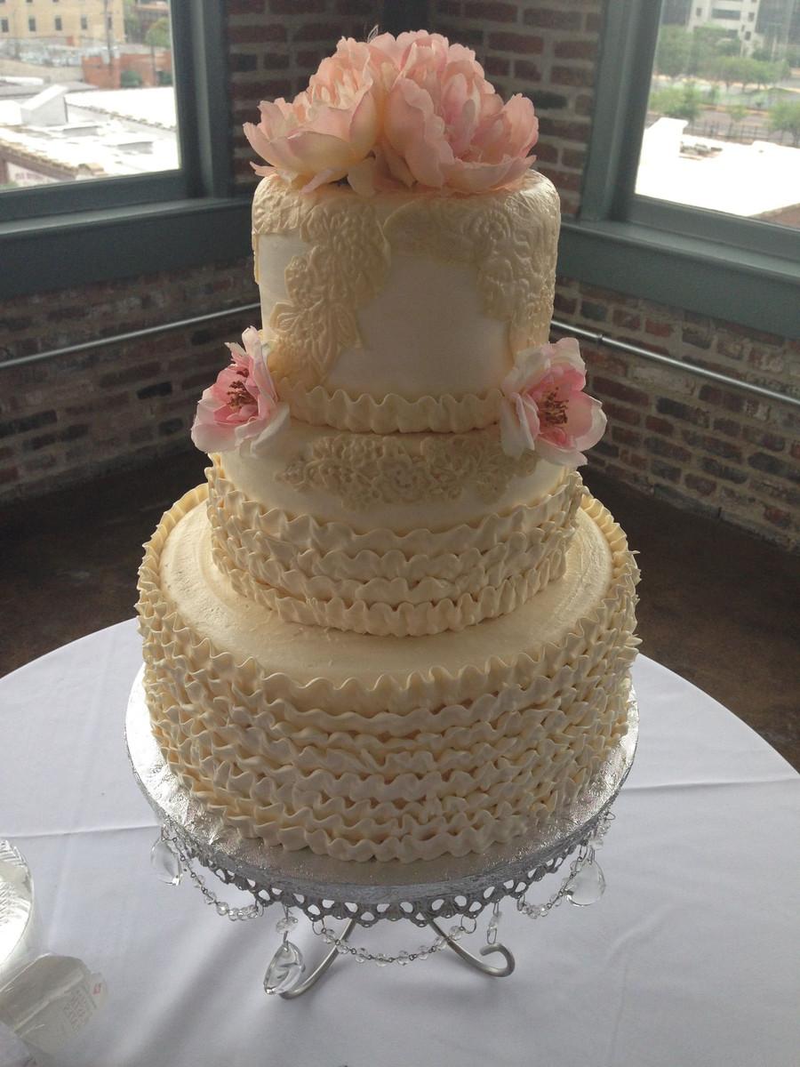 Wedding Cakes St Louis Mo  Susie G s Specialty Cakes Wedding Cake O Fallon MO