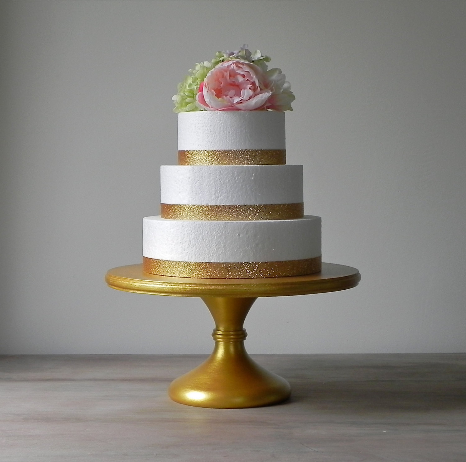 Wedding Cakes Stands  Gold Cake Stand 18 Gold Wedding Cake Stand Cupcake Gold