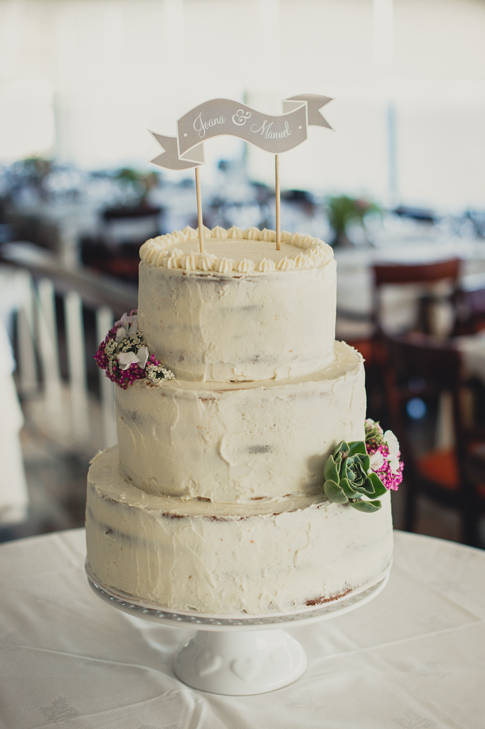 Wedding Cakes Style  Rustic style wedding cakes idea in 2017