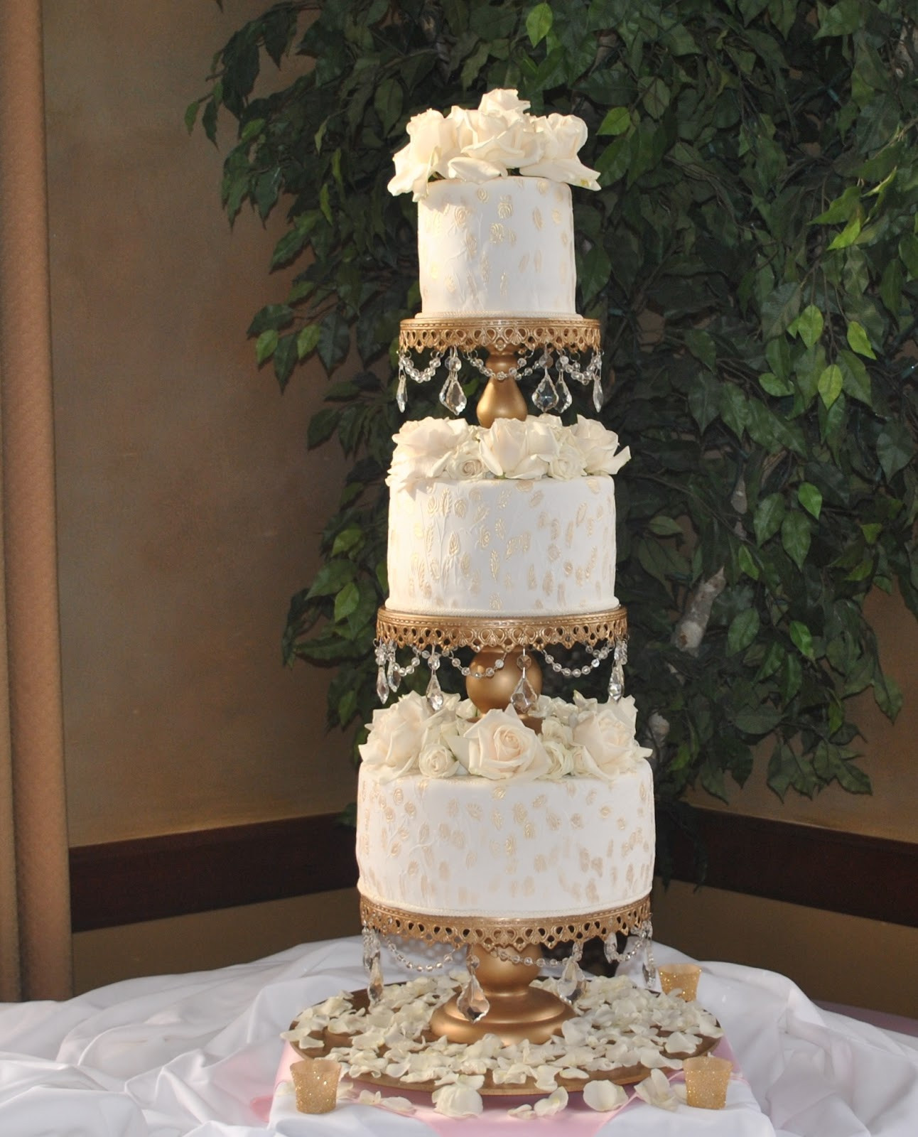 Wedding Cakes Style  The Cake Zone Theme Wedding Cake Ideas for 2012