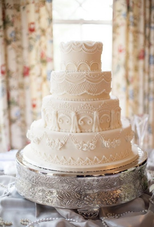 Wedding Cakes Style  30 Chic Vintage Style Wedding Cakes With An Old World Feel
