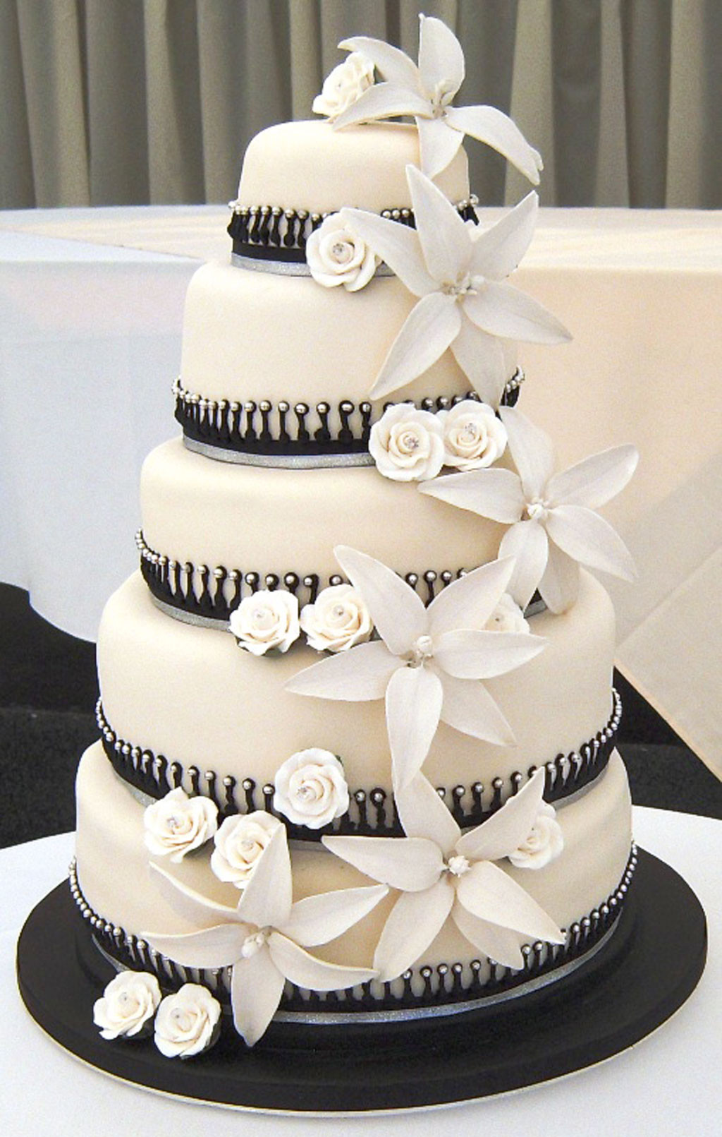 Wedding Cakes Styles  Black White Wedding Cake Designs Wedding Cake Cake Ideas