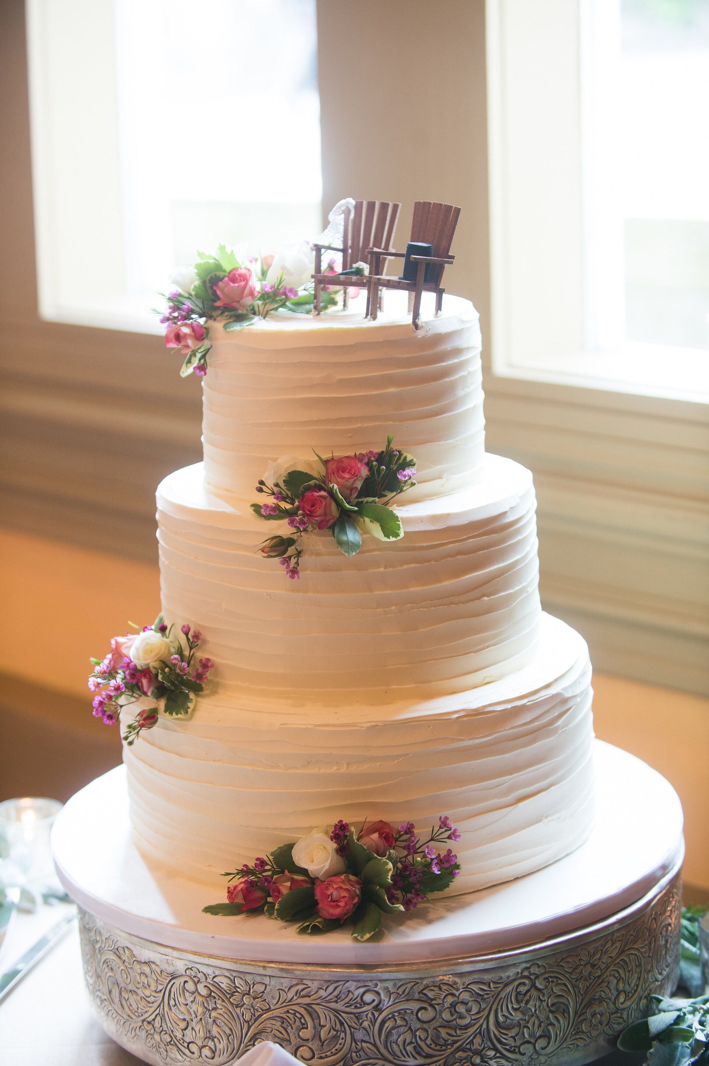 Wedding Cakes Styles  The 15 mon Cake Designs Names So You Know What to Ask For
