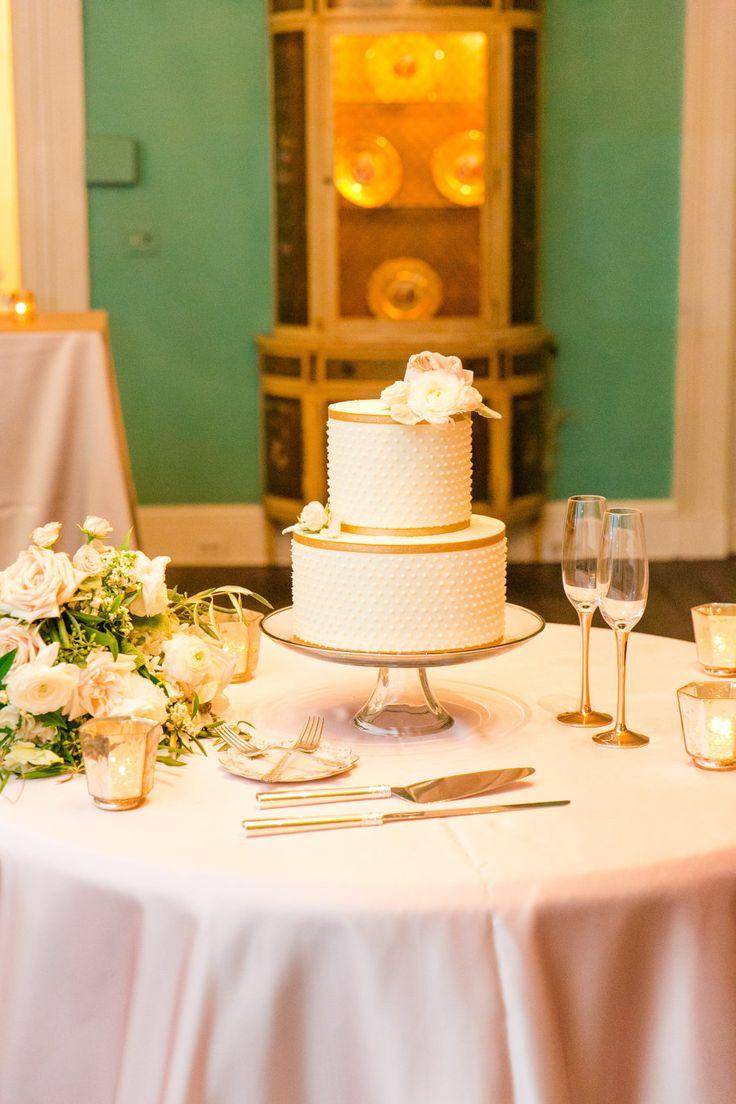 Wedding Cakes Summerville Sc  17 Best images about Gold Wedding on Pinterest