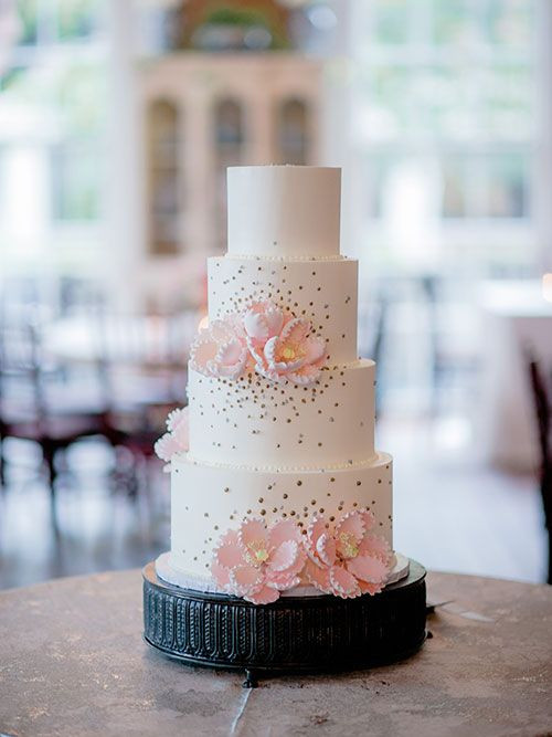 Wedding Cakes Summerville Sc  A Traditional Southern Wedding in Charleston South