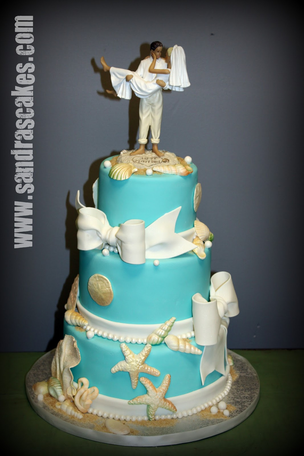 Wedding Cakes Theme  Beach Themed Wedding Cake