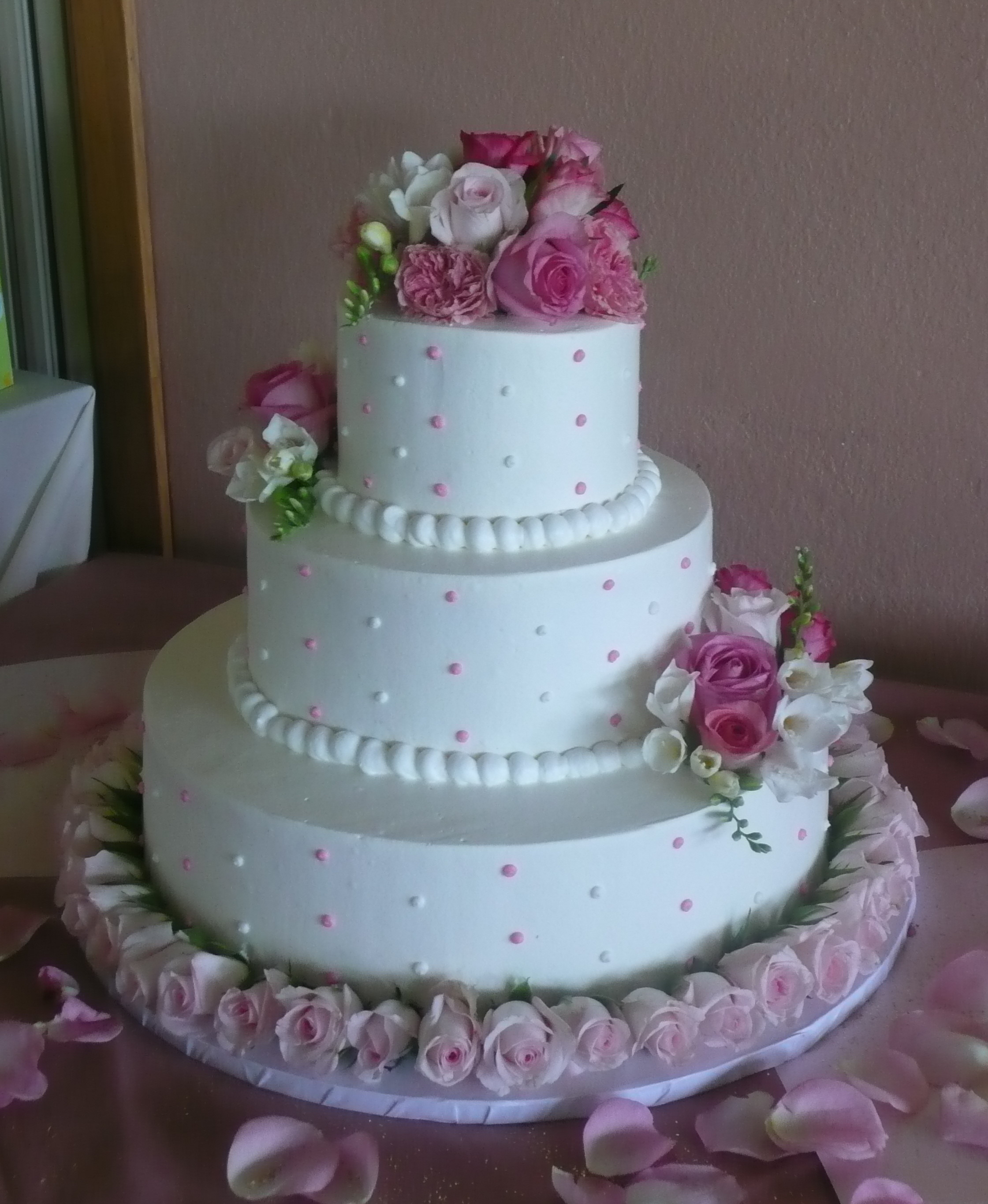 Wedding Cakes Three Tier  Three tier wedding cakes pictures idea in 2017