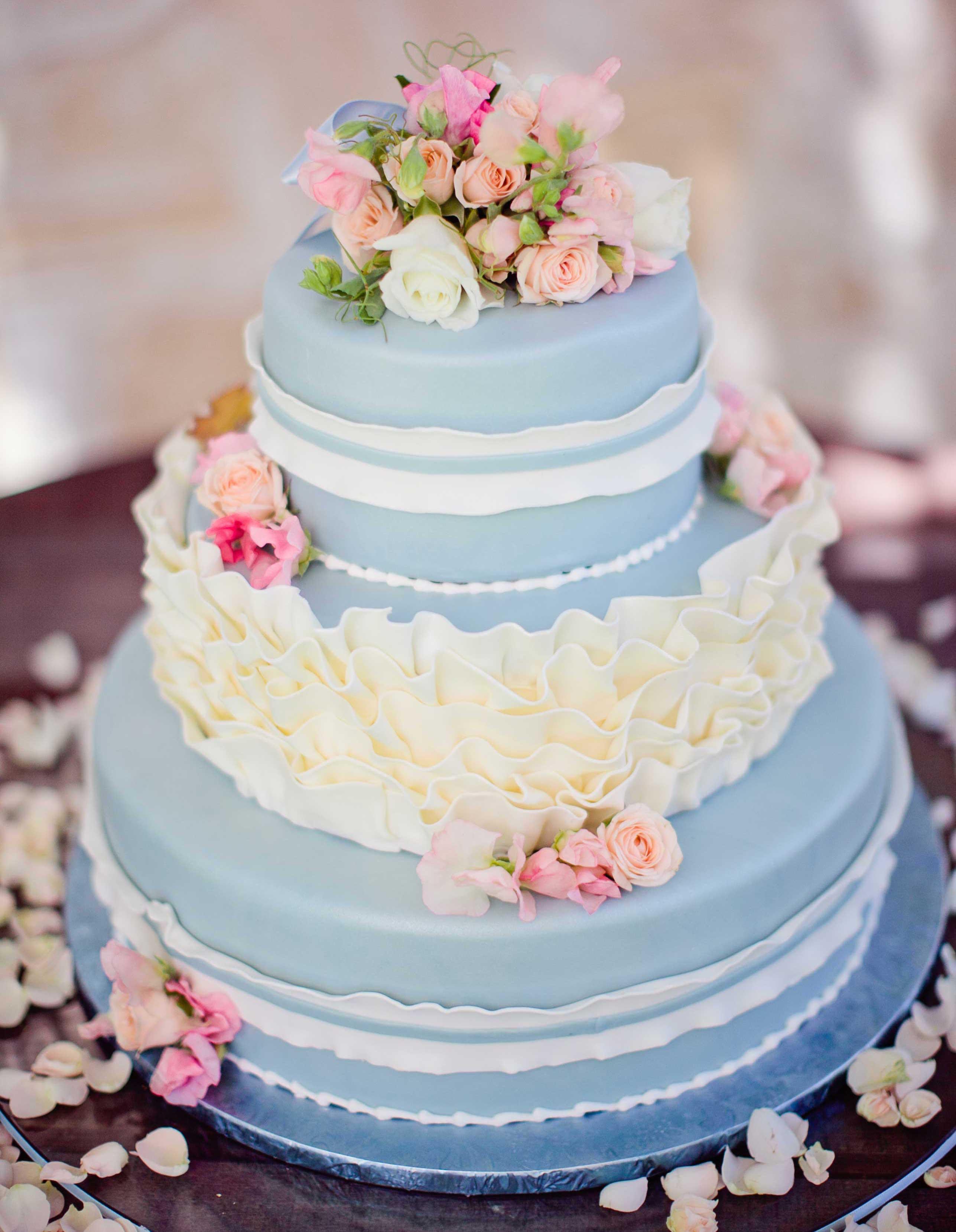 Wedding Cakes Three Tier  Wedding Cake Ideas Small e Two and Three Tier Cakes