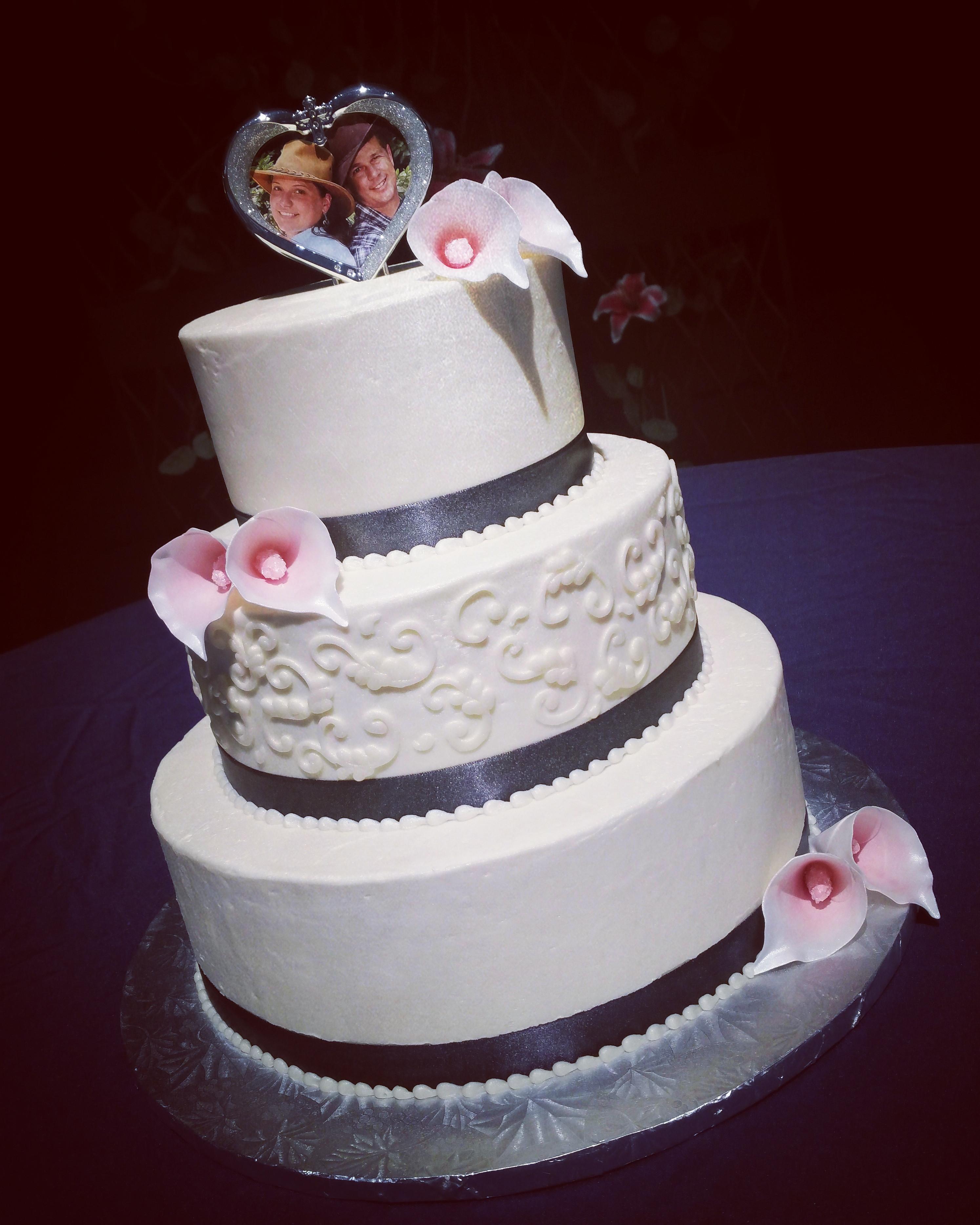 Wedding Cakes Tiered  Twenty e Cakes by Annie