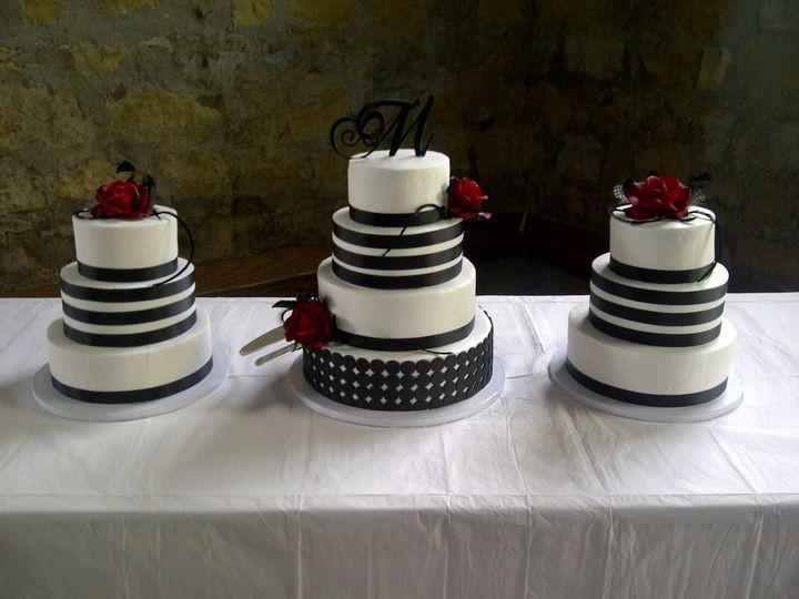 Wedding Cakes Topeka Ks  Confectionary Disasters LLC Wedding Cake Topeka KS