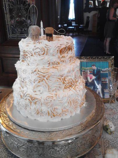 Wedding Cakes Topeka Ks  BellaRoca Cakes Wedding Cake Lawrence KS WeddingWire
