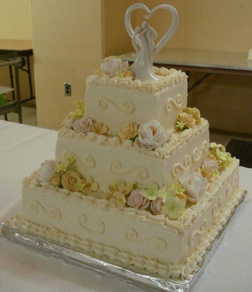 Wedding Cakes Topeka Ks  Mad Eliza s Cakes & Confections Topeka KS Wedding Cake