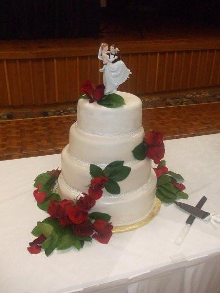 Wedding Cakes Topeka Ks  Wedding dress style Wedding cake topeka kansas