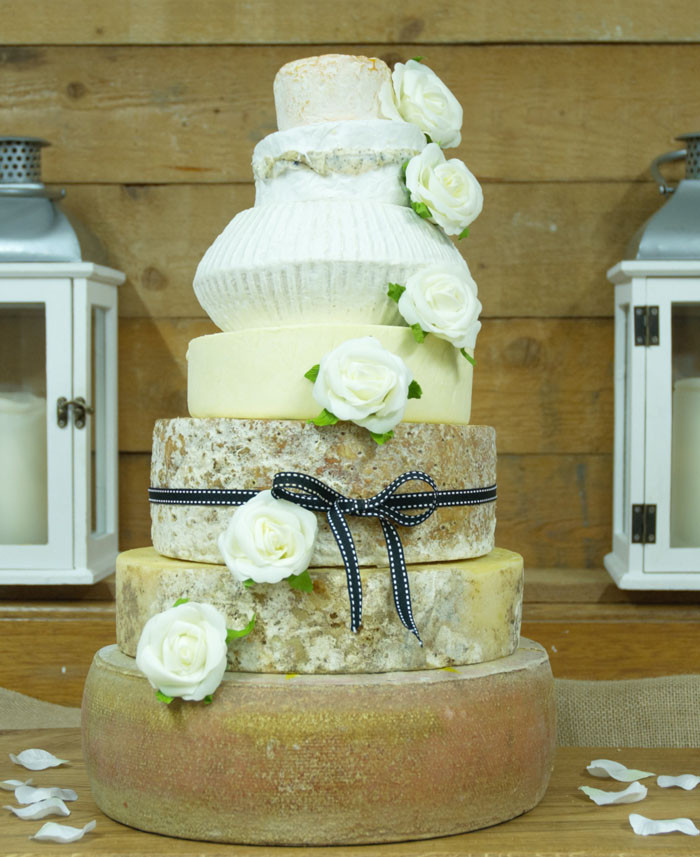 Wedding Cakes Trends  Wedding cake trends for 2018 19