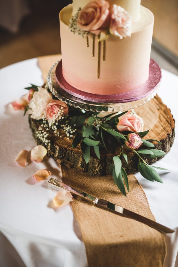 Wedding Cakes Trends  Wedding Cake Trends for 2018 and 2019 My Wedding Works UK