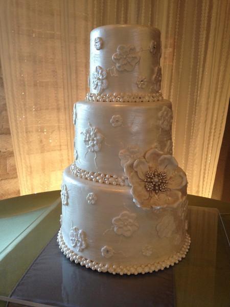 Wedding Cakes Tucson Az  sweet creations Cupcakes & Cakes Tucson AZ Wedding Cake